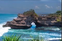 Bali Indonesia (Juan Rostworowski) Tags: cliffs cliff waves travelling d800 nikkor nikon travelphotography travel tourism views view seashore oceanscapes sea seascapes ocean tanahlot canggu indonesia bali