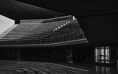 stairs (paulopar.rodrigues) Tags: architecture arquitectura local itália roma parioli photofoto captureone fuji xt1 bw pattern shadows sombra light luz