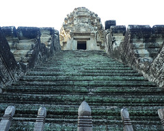 Steps at Angkor Wat (Campag3953) Tags: angkorwat siemreap cambodia temple steps tower