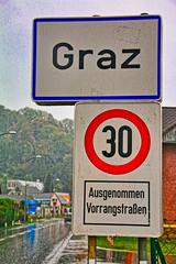 Graz avec totem ville à 30 5