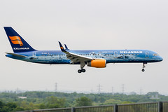 TF-FIR (PlanePixNase) Tags: london heathrow lhr egll planespotting airport aircraft icelandair vatnajökull boeing 757200 752 b752 757 b757