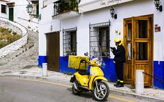 La messagère (dominiquita52) Tags: streetphotography spain andalucia granada postman factrice