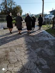 Μετά την εκκλησία!!   IMG_20191208_093337 (amalia_mar) Tags: people womem street village