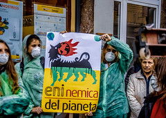 45 (Naurk) Tags: fridays for future pisa 4th global climate strike quarto sciopero globale per il clima block planet eni enemy photojournalism