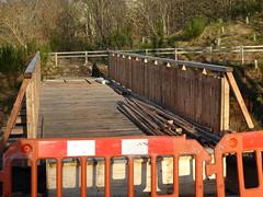 New bridge near hydro scheme at Donside Village, Seaton Park, Aberdeen (iainh124a) Tags: iainh124a scotland aberdeen uk sony sonycybershot dschx95 dschs95 cybershot dx95