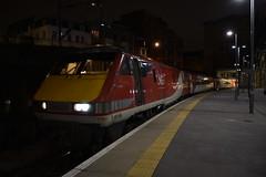 LNER 91116 @ KGX 7/12/19 (Lewis43239) Tags: class 91 lner intercity 225 electric electra kings cross london