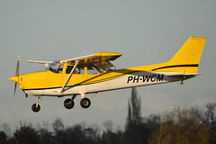 PH-WCM Cessna F.172M Skyhawk II @ Teuge 30-Nov-2019 by Johan Hetebrij (Balloony Dutchman) Tags: phwcm cessna f172m skyhawk ii 172 172m f172 reims c172 ehte teuge airport aircraft 2019