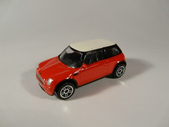 Realtoy Action City №18370 → BMW NEW MINI 1/56China (Xerocomis) Tags: diecast toys modelauto realtoy action city №18370 → bmw new mini 156china