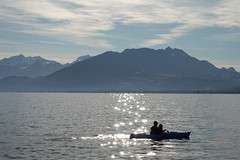 Kayak @ Albigny @ Annecy-le-Vieux (*_*) Tags: savoie morning matin 2019 december autumn automne fall sunny europe france hautesavoie 74 annecy annecylevieux lacdannecy lakeannecy albigny