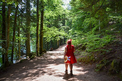 sBs_1907(vac2)_0042-2 (schoolartBYschoolboy) Tags: auvergne puydedome lake forest vulcan mag back woman