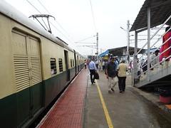 201912048 Chengalpattu Junction railway station (taigatrommelchen) Tags: 20191249 india chengalpattu urban city railway railroad station train ir