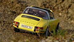 1:18 Schuco - Porsche 911 Targa (vwcorrado89) Tags: 1 18 118 schuco porsche 911 s 911s targa cabrio cabriolet convertible diecast die cast modelcar scale scaled scalecar scalemodel miniature miniaturemodel miniaturecar fuchs