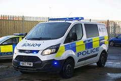 NX17 FNW (S11 AUN) Tags: tees hartlepool harbour cleveland police ford transit custom cell cage station van incident response vehicle irv panda car 999 emergency nx17fnw