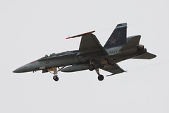 United States Navy McDonnell Douglas F/A-18C Hornet 164264 (jbp274) Tags: nzy knzy northisland nasnorthisland airport airplanes military unitedstatesnavy usn mcdonnelldouglas f18 fa18 hornet
