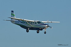 N825CM (mduthet) Tags: n825cm cessna ce208 aéroportavignonprovence
