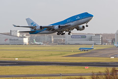 PH-BFG Final departure form Schiphol (BOSCHH) Tags: ams eham phbfg klm boeing 747400 guayaquil final flight general military civil aviation aviationdaily aviationgeek canon fighter fighterjet fly air force airline airport airplane helicopter jet photo photography photos pilot plane planespotting sky spotting cockpit amsterdam schiphol kemble
