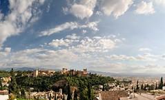 Granada (Azurel96) Tags: granada natural naturaleza ciudad arquitectura la alhambra cultura españa city andalucia paisaje landscape sky colorful skyline nature tree