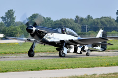 1AA_8851 (chris murkin) Tags: north american p51d mustang nl51hy 12448192 4511439 usaf nikon military d850 display warbird wwii warbirds aircraft airshow airshows air attack airventure aeroplane airlegend eaa oshkosh fighter flying plane prop photo planes propblur p51 northamerican quicksilver