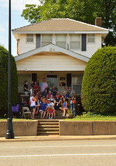 Family portrait from across the street (radargeek) Tags: libertyfest 2019 4thofjuly july parade edmond oklahoma ok summer kid child house shootingtheshooter family
