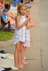 Awaiting the parade (radargeek) Tags: libertyfest 2019 4thofjuly july parade edmond oklahoma ok summer kid child girl catears armsfolded