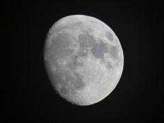 Moon moon (ysmallx3) Tags: lune moon