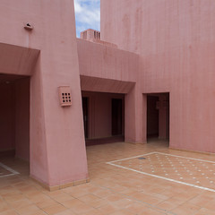 Pink (Julio López Saguar) Tags: segundo juliolópezsaguar espacios spaces abama tenerife canaryislands islascanarias pared wall pink rosa arquitectura architecture