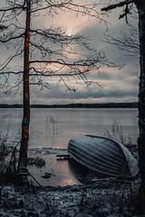 Moonlight in December. (A.Koponen) Tags: red canon eosr rf50mmf12l nature naturephotography luonto suomenluonto kallavesi kuopio suomi finland lake sky c cloud moon moonlight water winter