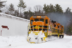 Opening 'Er Up - Hubbardston, MA (CWentzell Photography) Tags: pw providenceworcester gardnerbranch hubbardston massachusetts mass unitedstates america ge motivepower c408 locomotive locomotives engine engines snow december 2019 canon canon6d canon70200mm adobe adobelightroom