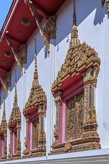 Wat Maneewanaram Phra Ubosot Windows (DTHU0667) (Gerry Gantt Photography) Tags: scenic thailand temple wat ubonratchathani tambonnaimueang mueangubonratchathanidistrict watmaneewanaram watmaniwanaram watpaanoi ประเทศไทย จังหวัดอุบลราชธานี ตำบลในเมือง อำเภอเมืองอุบลราชธานี วัดมณีวนาราม วัดป่าน้อย
