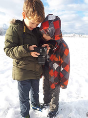 New photographer are coming. My 2 littlest boys with my old camera (Tommysfotografie) Tags: dolomiti alps thealps diealpen alpen montagne fjell bergen mountains mountain mountainview landscapeshot landscapepicture landscapeview landscapephoto landscapephotography landschaft landschap landscape nikon germany allemagne tyskland duitsland deutschland bavaria schwangau bayern brüdern brothers broers brüder brother talented wonderful mood happy enjoy winterwonderland winterlandscape winterlandschap winterlandschaft winter neve nieve field sneeuw schnee snow kids zonen söhne sons children photographer