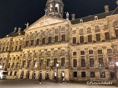 Royal Palace of Amsterdam (PictureJohn64) Tags: amsterdam iphone kerstfeest christmas dam square city centre stad picturejohn64 paleis royal palace