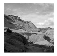 Stratigraphy (ADMurr) Tags: nm canyon de chelly august 2019 bw rolleiflex 35 e ilford 400 exp zeiss planar dbb279
