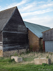 _C080051 (Paul_sk) Tags: paglesham essex farmland farm buildings
