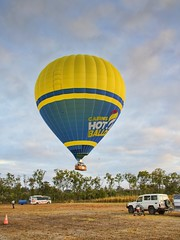 BALLOON RIDE CAIRNS QSL20181006_0011 (RF LEWIS 495) Tags: balloonride cairns queensland goldcoast australia