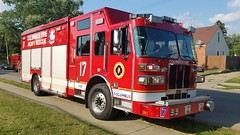 Rescue 17 (Central Ohio Emergency Response) Tags: columbus ohio fire division truck heavy rescue sutphen svi squad