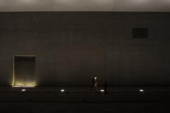 Catch the light (Fulvio Frioli) Tags: nikon nikkor 28mm maxxi light luce street urban city night