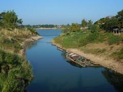 Huai Luang meets Mekong 1 (SierraSunrise) Tags: thailand phonphisai nongkhai isaan esarn rivers boats confluence mekong mekongriver huailuag