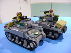Custom Lego WW2 USA Sherman M4A4 tank updated (9th version) (TekBrick) Tags: custom lego ww2 sherman m4a4 tank moc dark grey gray brick parts tracks us usa allies star turret crate packsac