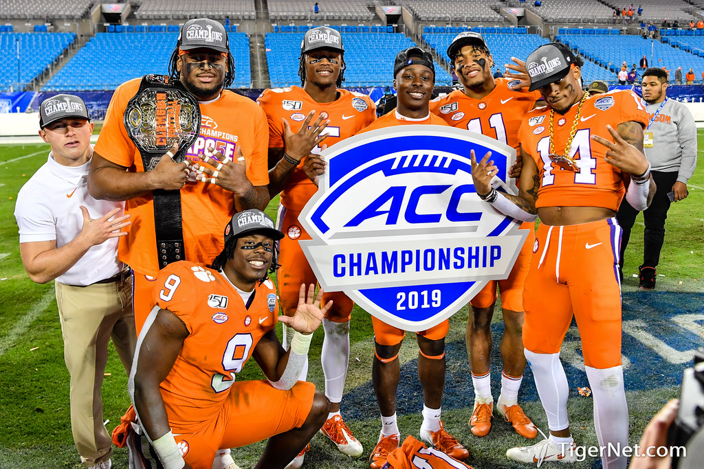 Clemson Photos: Isaiah  Simmons, Tee  Higgins, Travis  Etienne, 2019, Football, Virginia
