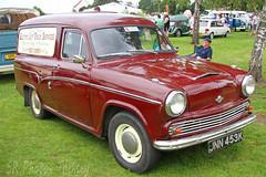 Morris Van JNN 453K (SR Photos Torksey) Tags: east midlands classic vehicle car club rally show vintage morris van
