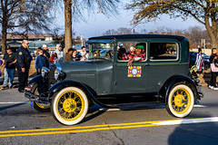 The places I've been.  The things I've seen. (EV Fstop) Tags: classic antique automobile car downtown urban christmas parade 2019 nikon z7 nef raw lr
