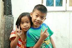 neighbor children (the foreign photographer - ฝรั่งถ่) Tags: neighbor children khlong thanon portraits bangkhen bangkok thailand canon