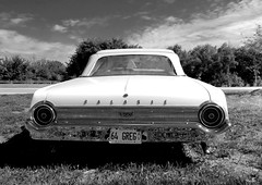 center fielder... (Stu Bo - Tks for 14 million views) Tags: vintageautomobile vintagecar ford galaxy certifiedcarcrazy coolcar convertible blackandwhite bw monotone sbimageworks ride sky oldschool onewickedride idreamofcarsmotorsandhorsepower icon dreamcar droptop