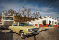 1965 Chevy (Bob G. Bell) Tags: antiquecar car chevy chevelle musclecar 1965 gasstation servicestation garage bobbell nikon d800