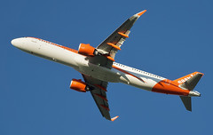 Easyjet Airbus A321-251NX (Deepgreen2009) Tags: easyjet orange flight climb takeoff gatwick aeroplane airliner aircraft sky transport airbusa321251nx