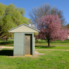 Spring Time (Erich Schieber) Tags: australia toilet spring architecture park