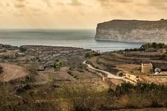 Falaises de Gozo (uluqui) Tags: landscape falaises cliffs nature gozo malte malta vacance holiday wander wanderlust light fuji fujifilm xt20 xtrans