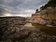 rough rocks (koaxial) Tags: fb200259a clouds rocks stones rocky shore rough mallorca küste felsen 2019 koaxial light red reflection water dark landscape wolken