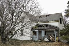 Farmhouse Ruin (Mick L.) Tags: farmhouse ruin derelict