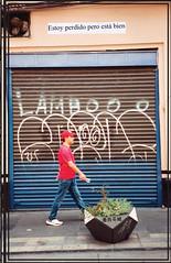 Ya perdido pero no me importa (Rodosaw) Tags: ya perdido pero no me importa 35mm lurrkgod getchamans chicago documentation street art film portrait analogico